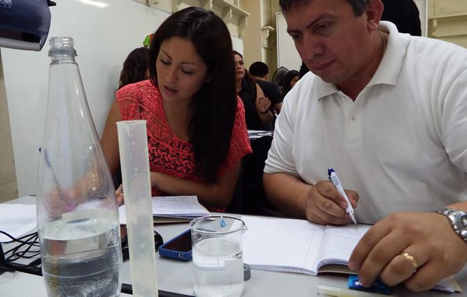 Profesores aprenden método ECBI para la enseñanza de las ciencias