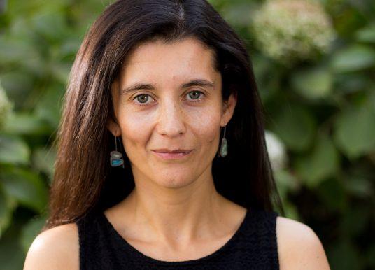 Carolina Flores: «La repitencia tiene que ser una medida extraordinaria, pues tiene fuertes externalidades negativas».